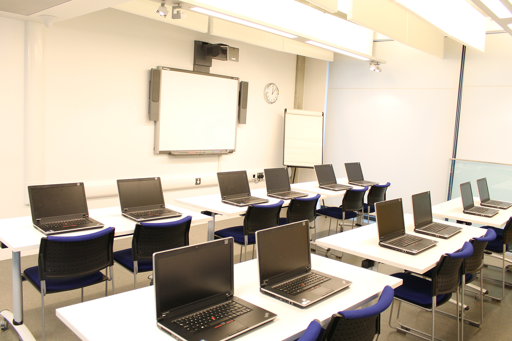 Canary wharf group training room osmani centre - Interior design certification virginia ...